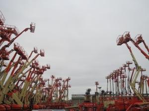 Curious arrangement of cranes